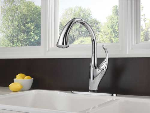 Delta Addison Pull Down Spray Kitchen Faucets
